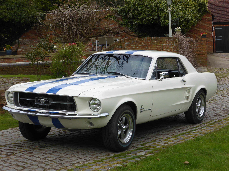 1967 ford mustang notchback v8