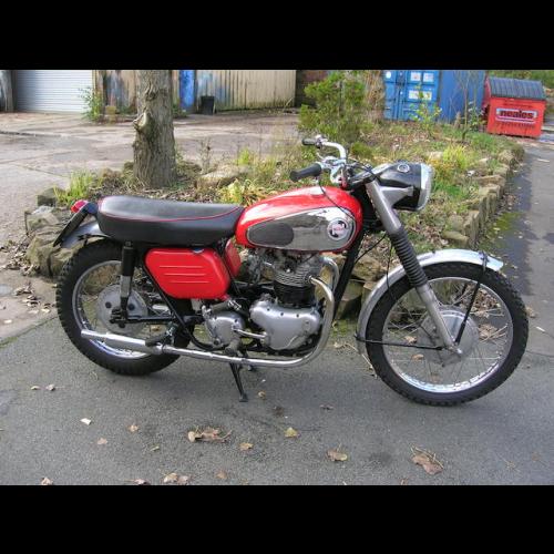 1957 Manx Norton 500cc 30m - The Bid Watcher