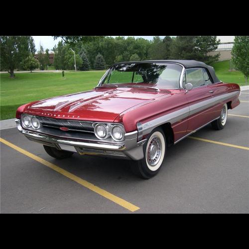 1961 Oldsmobile Dynamic 88 4 Door Hardtop - The Bid Watcher